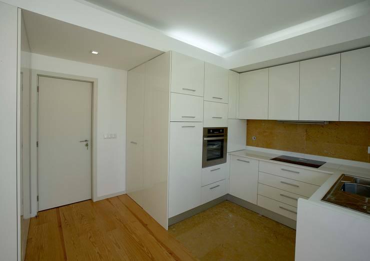Kitchen by m2.senos