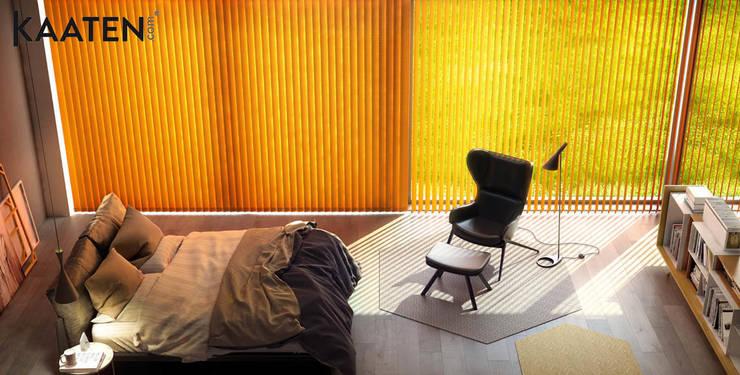Cortina vertical para dormitorio - Kaaten: Dormitorios de estilo  de Kaaten