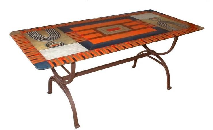 Tavolo mod. Etnico: Sala da pranzo in stile in stile Classico di G.M.Selena-Laboratorio Artigianale di Salami Elena