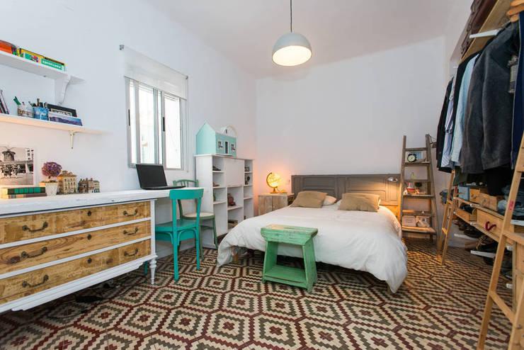 Chambre de style  par J, Scandinave