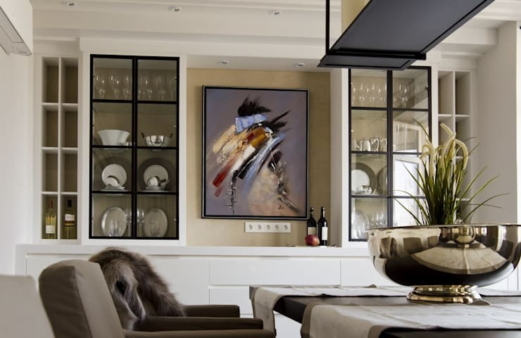 Квартира 180 кв.м. на Вернадском проспекте, Москва: Кухни в . Автор – Дизайн-бюро Галины Микулик, Эклектичный