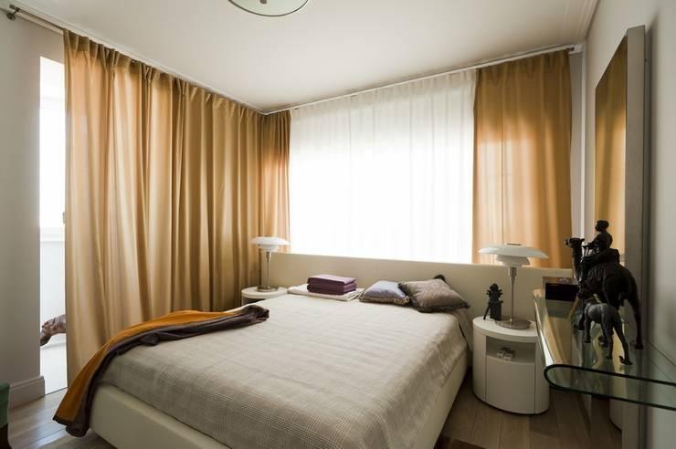 Квартира 120 кв.м. на ул. Комарова, Москва: Спальни в . Автор – Дизайн-бюро Галины Микулик