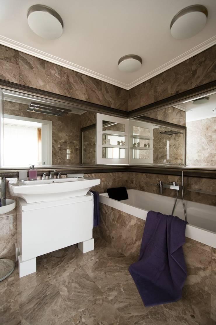 Квартира 120 кв.м. на ул. Комарова, Москва: Ванные комнаты в . Автор – Дизайн-бюро Галины Микулик