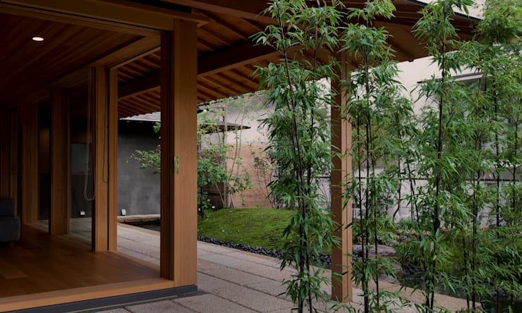 KAWARA: 宝角建築アトリエが手掛けた庭です。