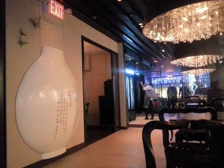 뉴욕 미스 코리아 New york, MISS KOREA Ⅰ,Ⅱ,Ⅲ: 참공간 디자인 연구소의  상업 공간,한옥