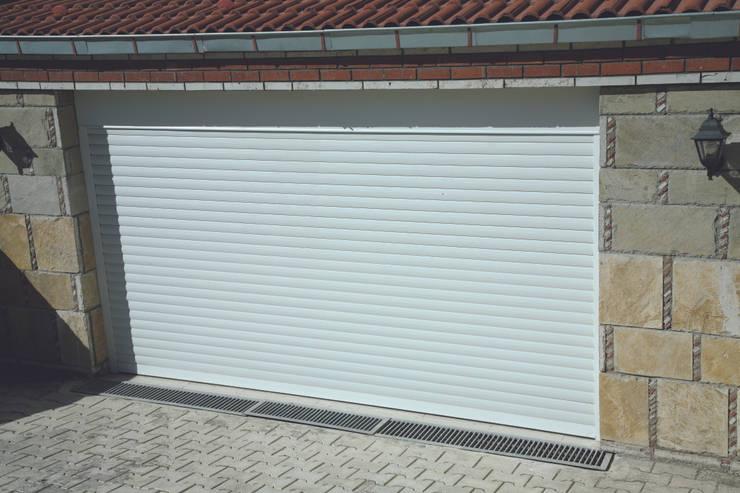 Kcc yapı dekarasyon – Garaj Kapısı:  tarz Pencere & Kapılar