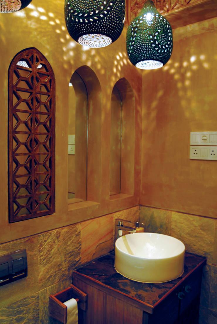 Fusion interiors :  Bathroom by The Orange Lane,Minimalist