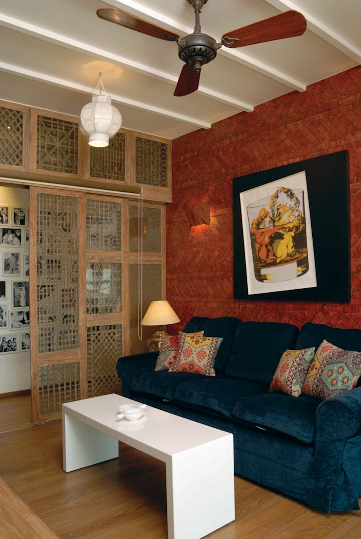 Fusion interiors :  Media room by The Orange Lane,Minimalist