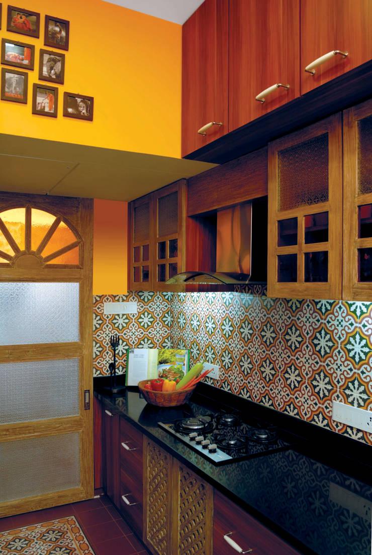 Fusion interiors :  Kitchen by The Orange Lane,Minimalist