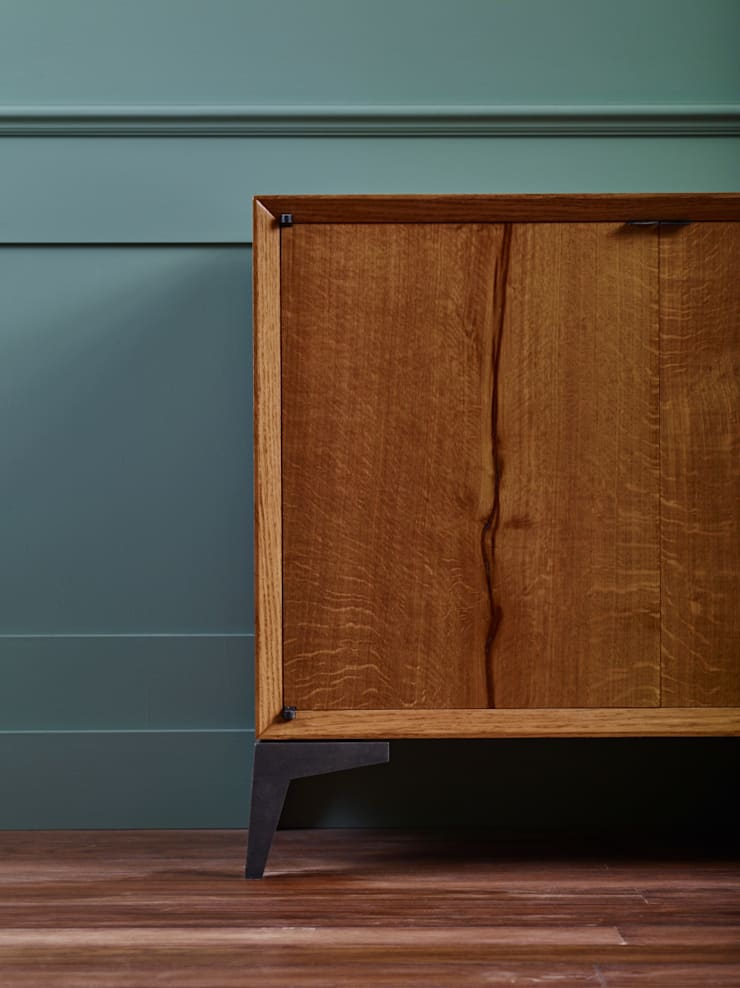 Credenza:  Living room by muto