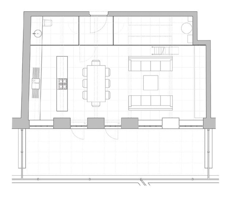 Floor Plan:   by Peter Bell Architects