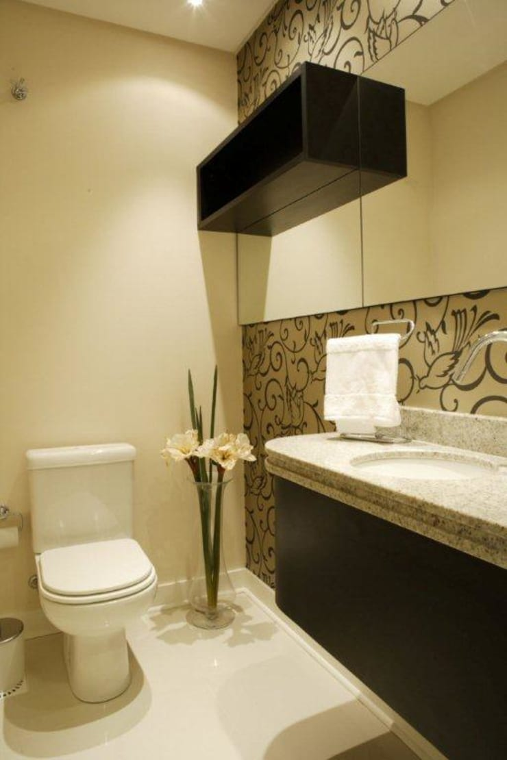 Projeto arquitetônico do apartamento decorado do Porto Atlantico.: Banheiros  por ArchDesign STUDIO,