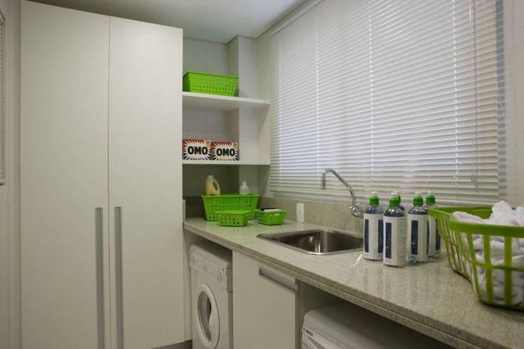 Projeto arquitetônico do apartamento decorado do Porto Atlantico.: Cozinhas  por ArchDesign STUDIO,
