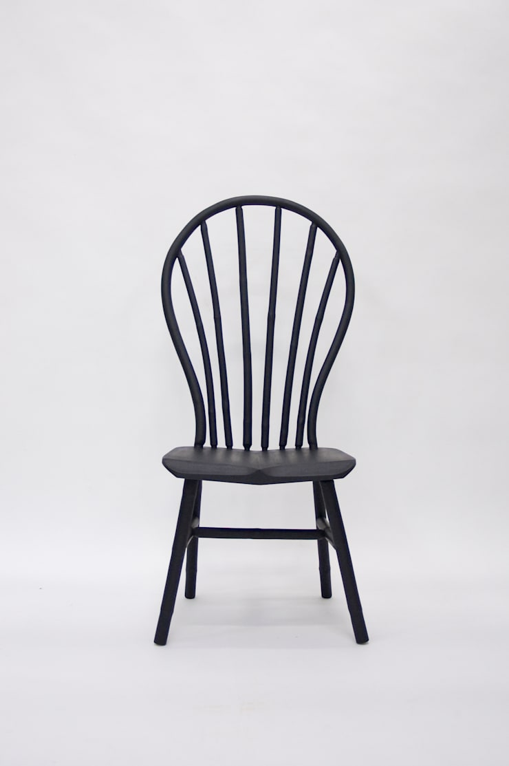 Bamboo Windsor Chair:  Woonkamer door Bo Reudler Studio