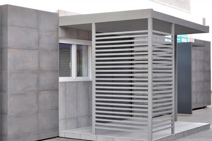 Casa piloto Cube Basic: Casas de estilo  de Casas Cube
