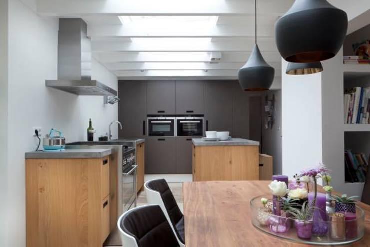 Leefkeuken:  Keuken door SMEELE Ontwerpt & Realiseert