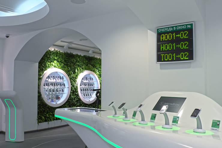 Флагманский салон <q>МегаФон</q>, ГУМ, Москва: Озеленение  в . Автор – RaStenia