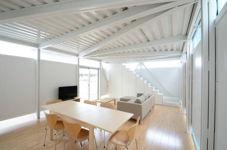 LGS HOUSE #01 / ボーダーの家 / Boundary House: Niji Architects/原田将史+谷口真依子が手掛けたダイニングです。
