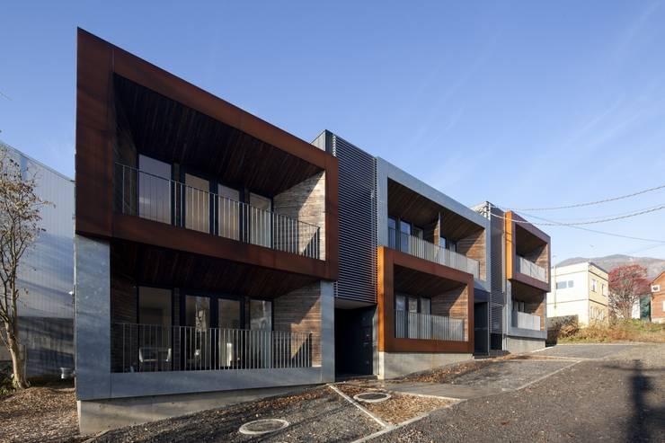 HANGETSU: ヒココニシアーキテクチュア株式会社が手掛けた家です。