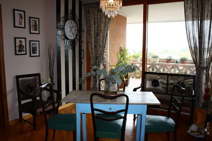 Casa Feng Shui di Michelle Marie Castiello: Sala da pranzo in stile in stile Moderno di Feng Shui 2 You