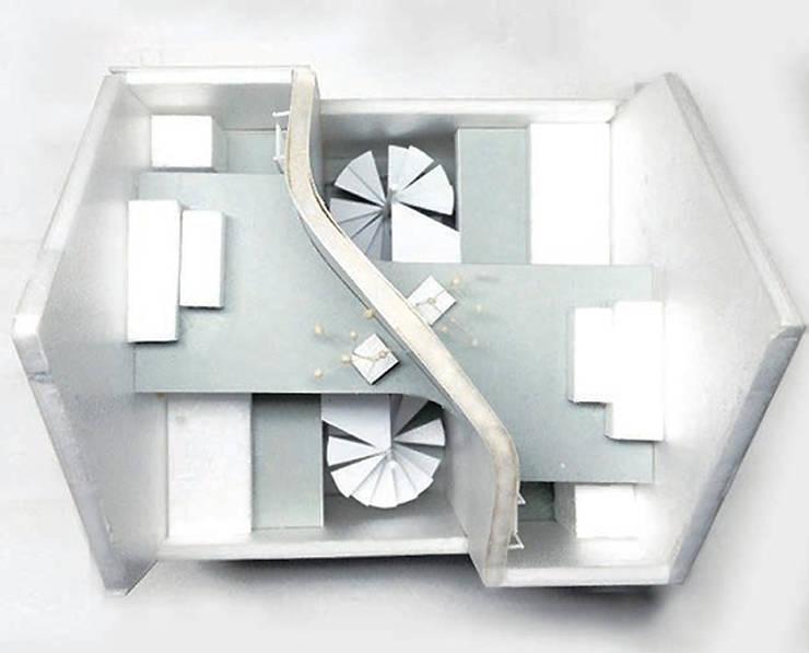 鷹番の長屋 / Townhouse in Takaban: Niji Architects/原田将史+谷口真依子が手掛けたです。