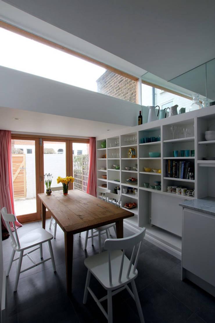 Kitchen extension :  Kitchen by Affleck Property Services