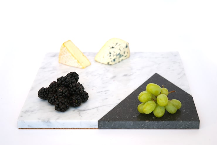 Marble platters to create your own edible scenes:  Keuken door Studio Jorrit Taekema
