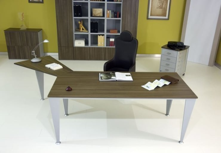 Scrivania Angolo Ufficio : Una scrivania angolare per fare bello lufficio
