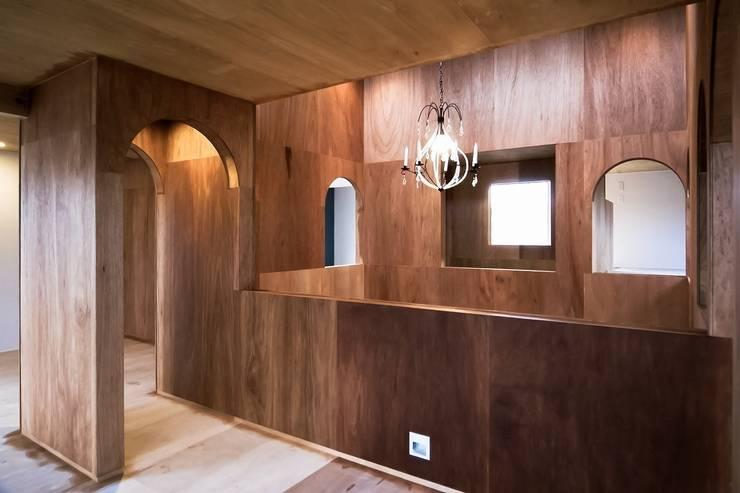 Ik-house: AtelierorB  が手掛けた和室です。