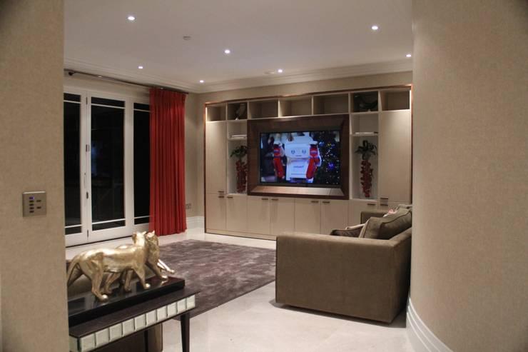 Salas de multimídia  por Flairlight Designs Ltd