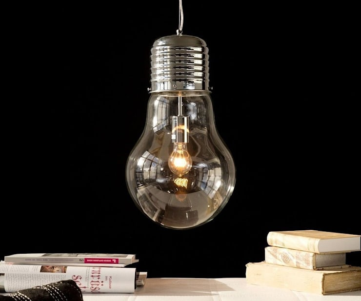 Hängeleuchte Bulb Deluxe Glühbirne XXL durchscheinend:  Wohnzimmer von DELIFE