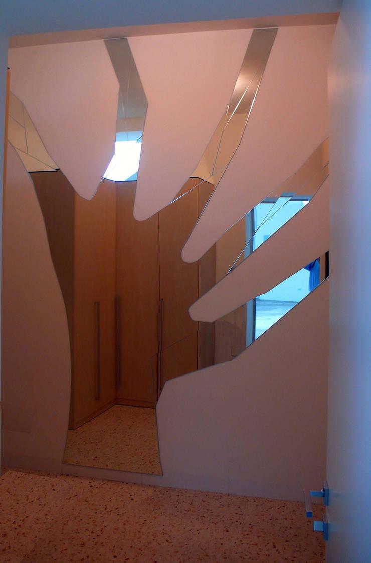 Casa Apice Bellini: Arte in stile  di raffaele iandolo architetto