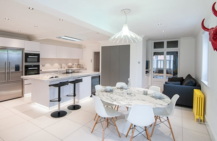 Urban Life kitchen - Buckhurst Hill: modern Kitchen by Urban Myth