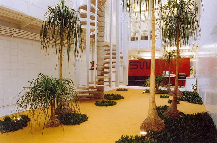 by ARQdonini Arquitetos Associados Modern