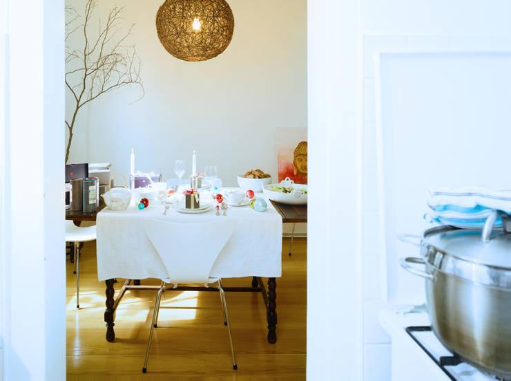 Ruang Makan oleh Yeh Design, Modern