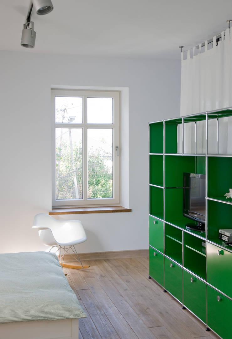 Dom Widzewska: styl , w kategorii Sypialnia zaprojektowany przez REFORM Konrad Grodziński,