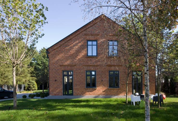 Dom Widzewska: styl , w kategorii Domy zaprojektowany przez REFORM Konrad Grodziński,