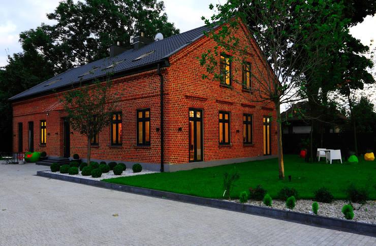 Dom Widzewska: styl , w kategorii Domy zaprojektowany przez REFORM Konrad Grodziński