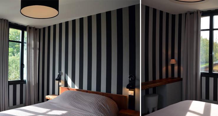 Camera da letto in stile in stile Classico di AGENCE APOLLINE TERRIER