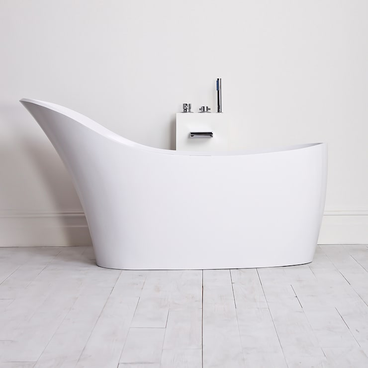 Lusso Stone Napoli Stone Resin Solid Surface Freestanding Bath 1690:  Bathroom by Lusso Stone
