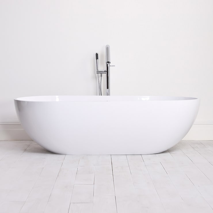 Lusso Stone Picasso Stone Resin Solid Surface Freestanding Bath 1780:  Bathroom by Lusso Stone