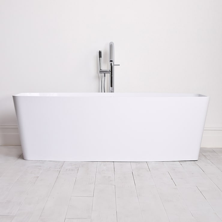 Lusso Stone albert Stone Resin Solid Surface Freestanding Bath 1700:  Bathroom by Lusso Stone