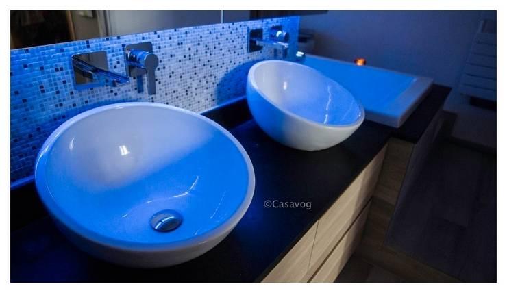 Plan vasques: Salle de bain de style de style Moderne par Casavog