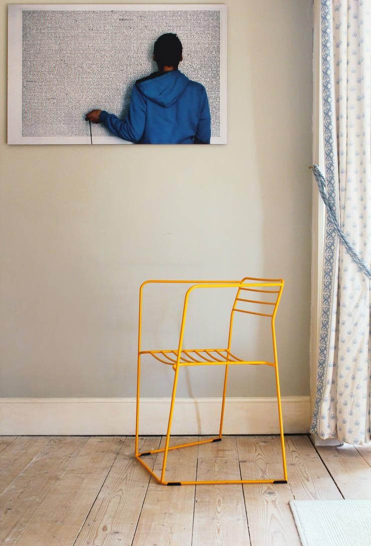 loft evo krzesło 2012: styl , w kategorii Salon zaprojektowany przez Modestwork