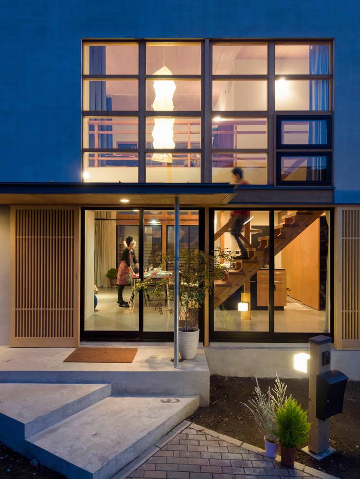 外観: Far East Design Laboが手掛けた家です。,