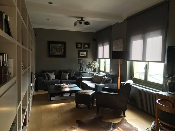 Salón: Salones de estilo  de ANA EMO INTERIORISMO