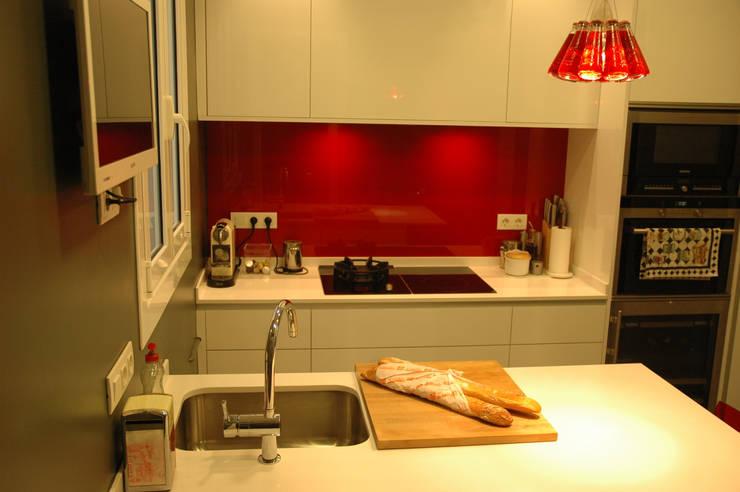 Cocina: Cocinas de estilo  de ANA EMO INTERIORISMO