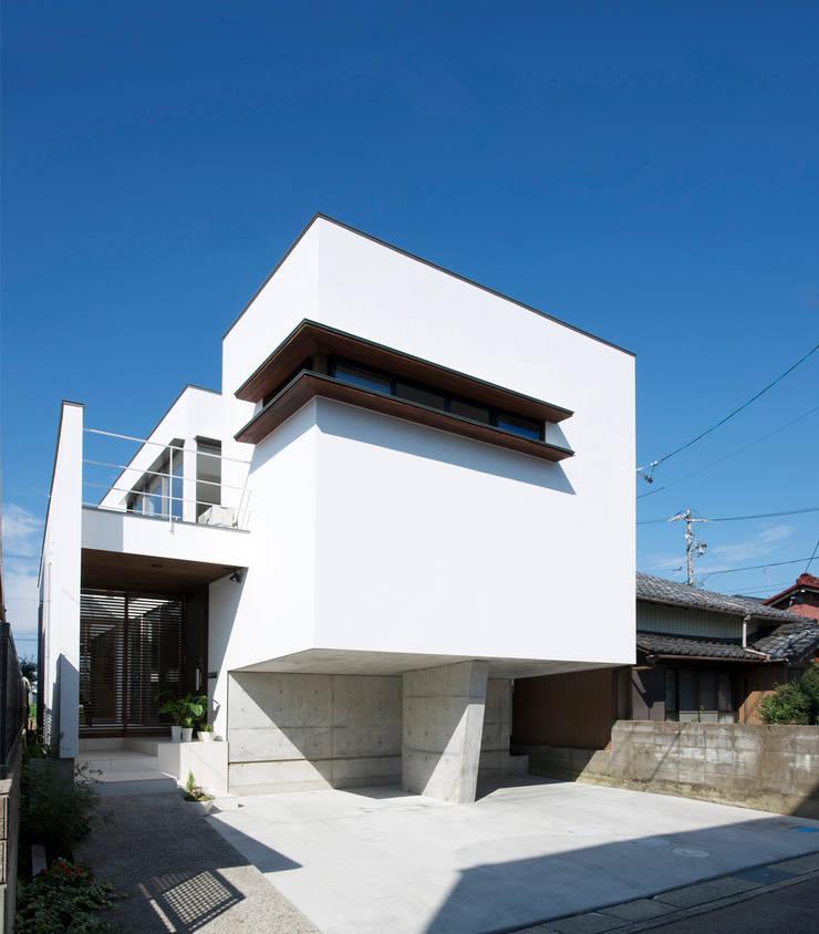 外観2: H建築スタジオが手掛けた家です。