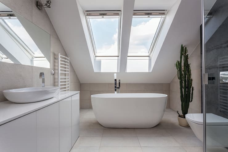 Dinkee Bath :  Bathroom by BC Designs