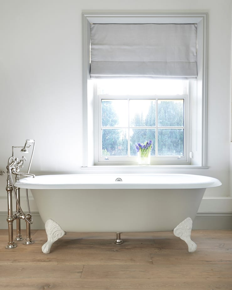 Drummonds Case Study: Georgian Farmhouse, Surrey:  Bathroom by Drummonds Bathrooms